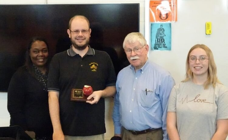 Mr Lloyd Receives Excellence in Education Award